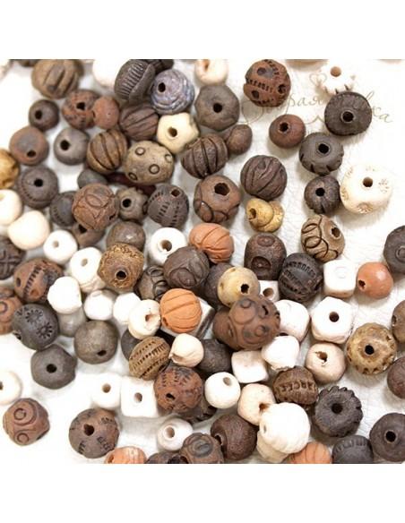 Глиняные бусины ручной работы