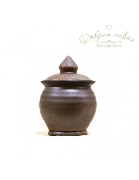 Глиняная солонка с крышкой